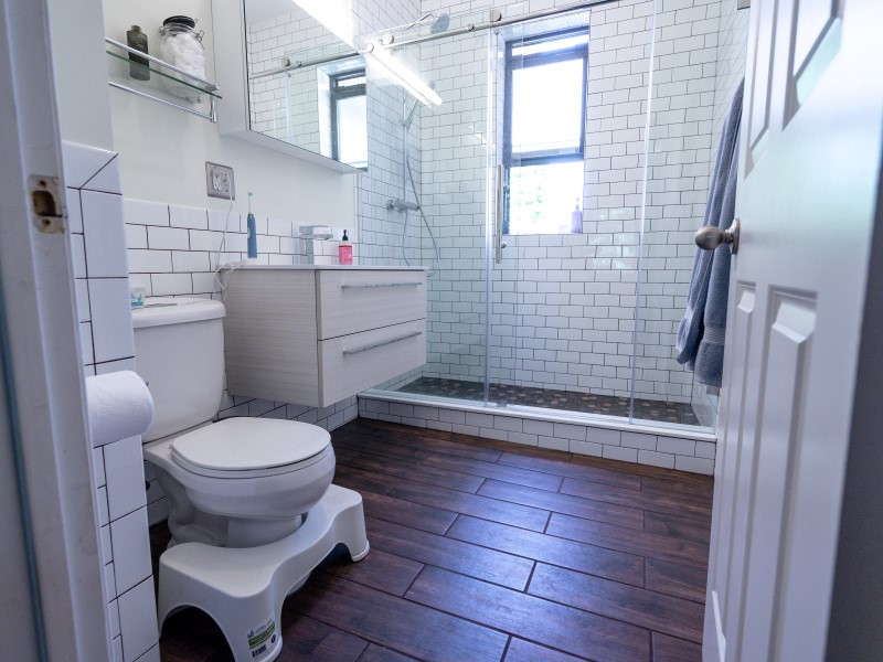 Bathroom Remodel In Edgewater Garys Home And Bathroom Remodeling - Gary's home and bathroom remodeling