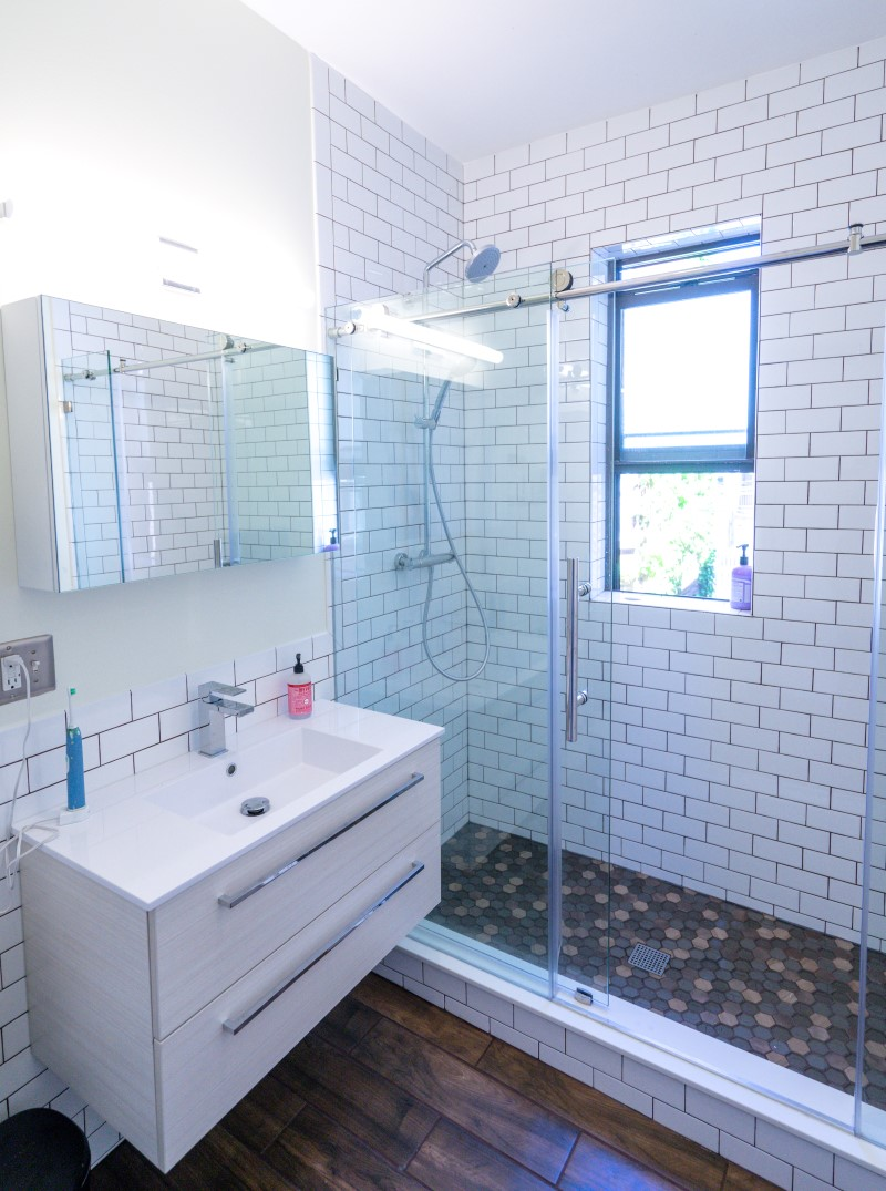 Bathroom Remodel in Edgewater - Gary\'s Home and Bathroom Remodeling
